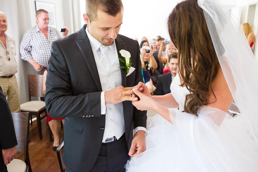 25 Uhldingen heiraten