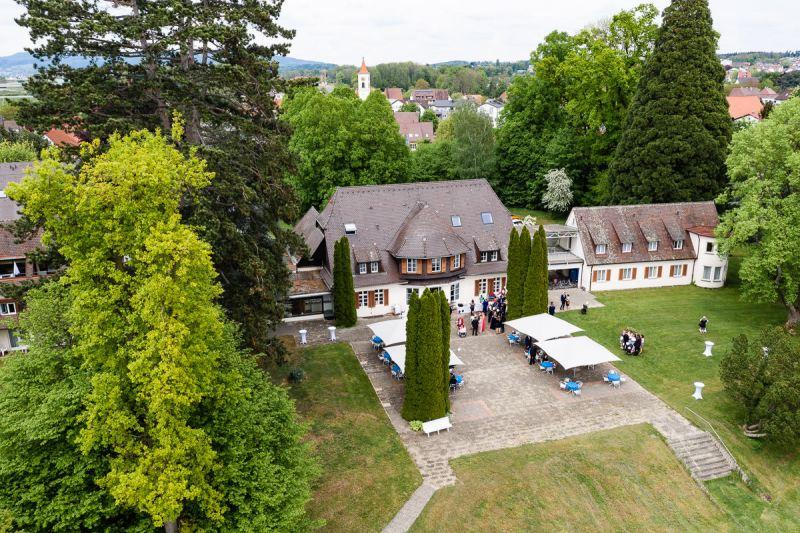 Trauung-Haus-am-See-Fischbach-Hochzeitsfotograf-Friedrichshafen-K42-28