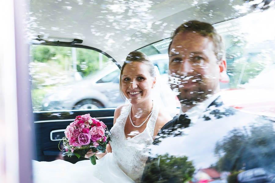 Brautpaar Auto