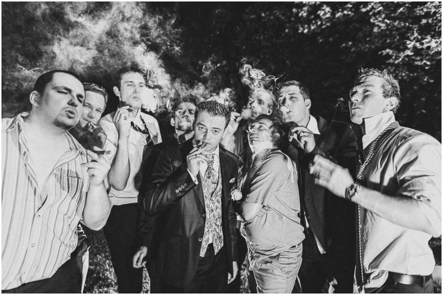 Grooms smoke