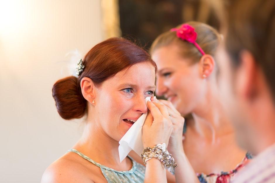weinende-braut