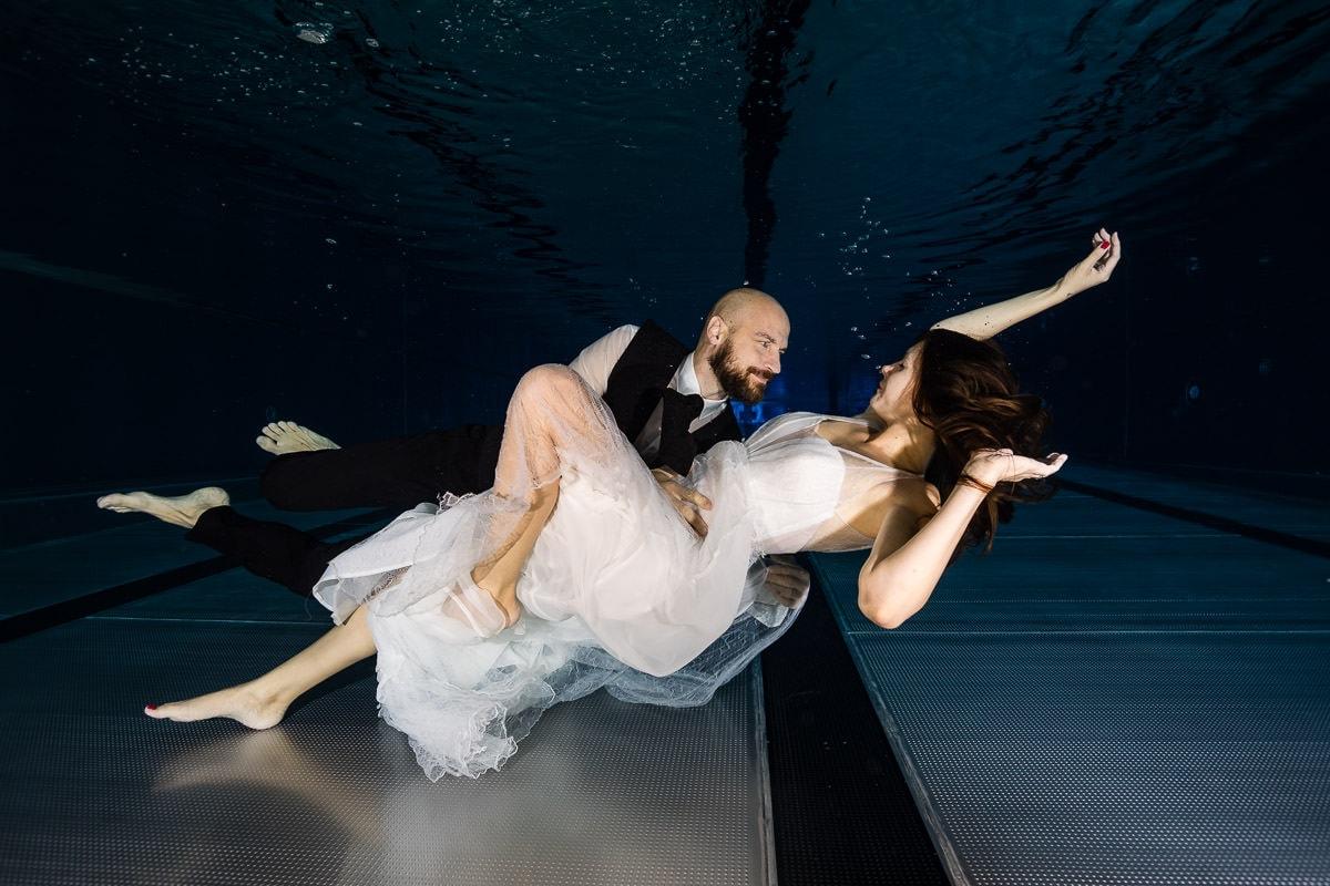 hochzeit-unterwasser-shooting
