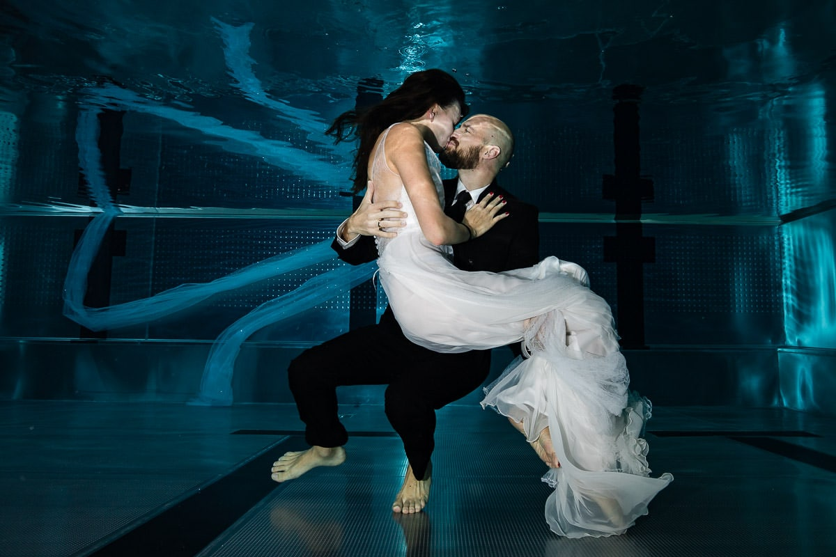 underwater_wedding